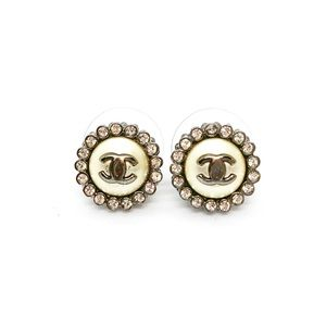 CHANEL A16 Pearl Studs Crystal CC Detail Round
